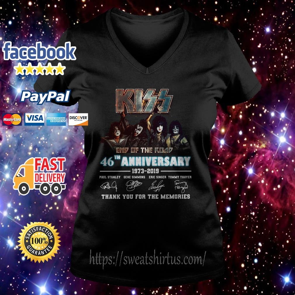 Kiss end of the road 46th Anniversary 1973-2019 signatures V-neck T-shirt