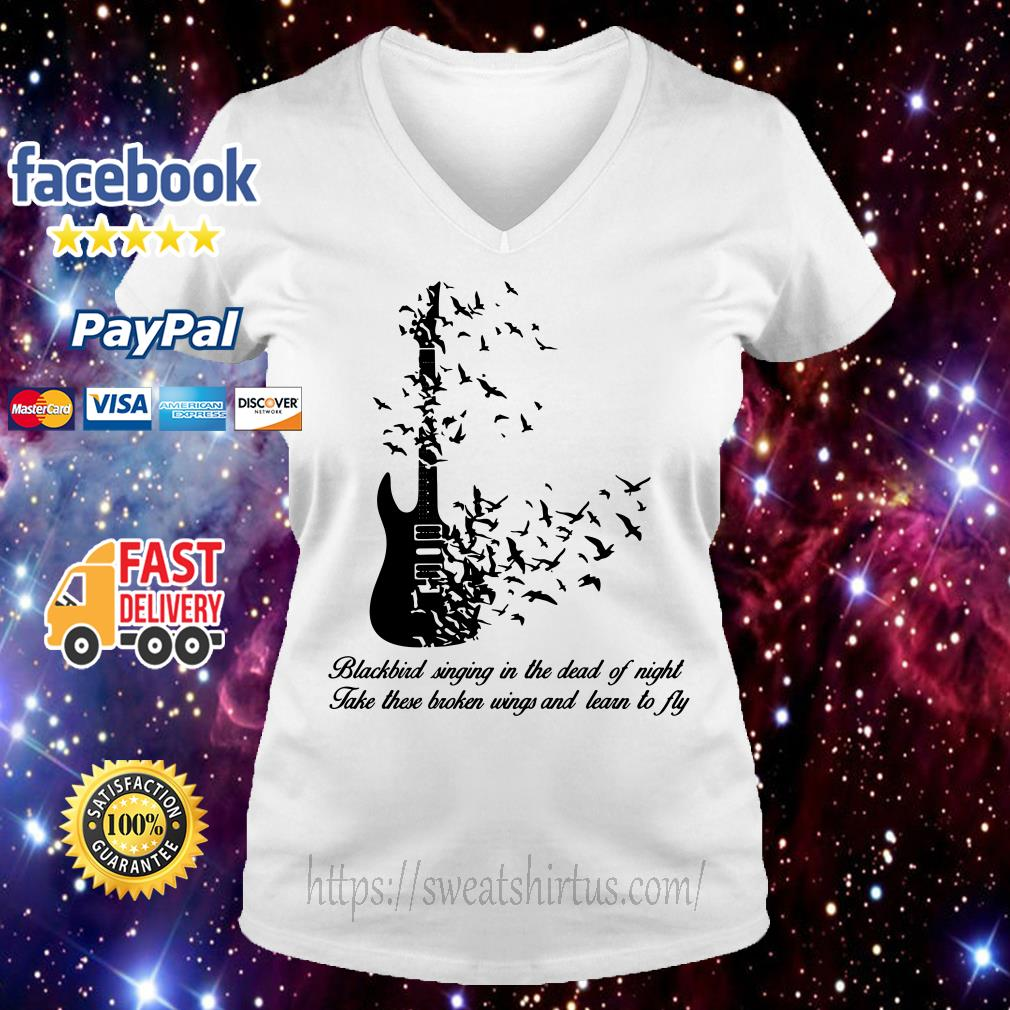 Guitar Blackbird singing in the dead of night take these broken wings V-neck T-shirt