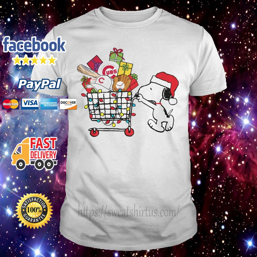 Chicago Cubs Snoopy Pushing cart full of Christmas gifts guys shirt