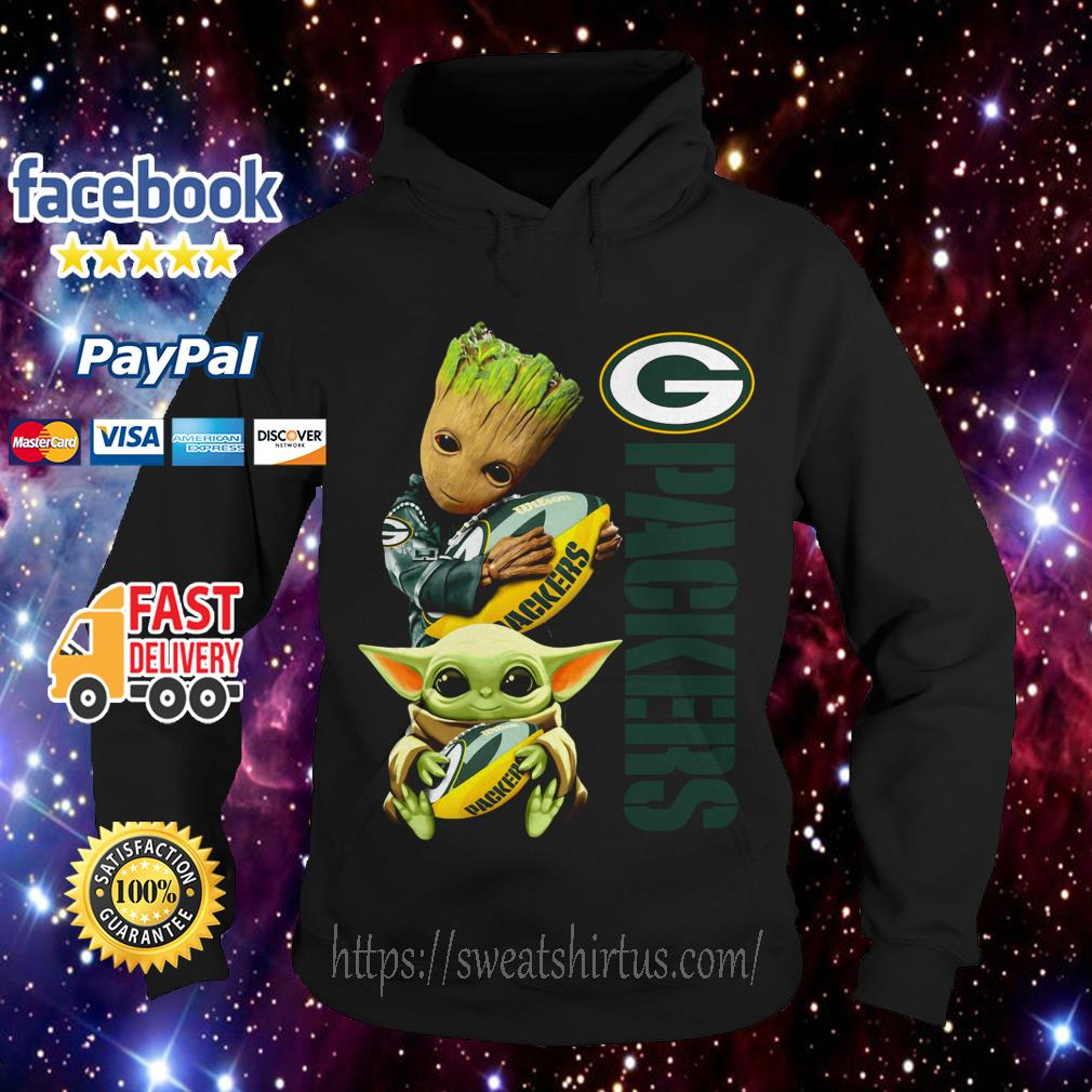 Baby Groot and baby Yoda hug Green Bay Packers Hoodie